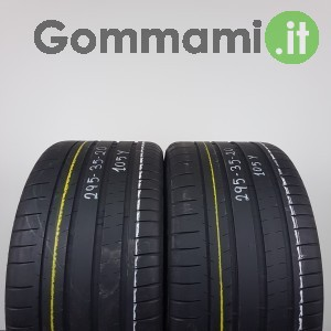 Michelin estive Pilot Super Sport 65% - 295/35 R20 105Y - MP2218106